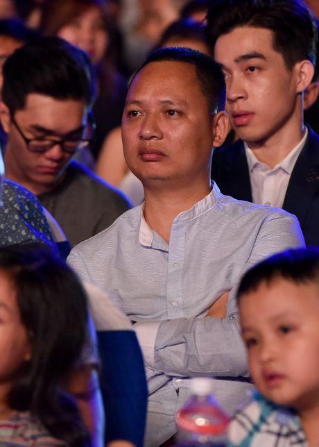 Sao Viet gian di den xem live show Noo Phuoc Thinh - Anh 4