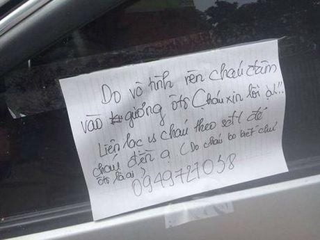 Hoc sinh 'viet loi xin loi tren kinh xe': Binh thuong thoi ma! - Anh 1