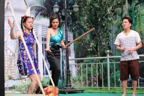 'On gioi, cau day roi': A hau Hoang Oanh ban linh khi bi dai gia Tu Long 'lua tinh' - Anh 2