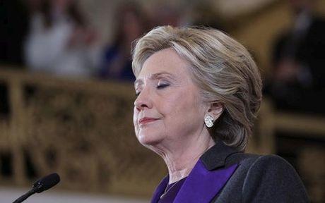 Ba Clinton do loi cho FBI sau that bai tai cuoc bau cu Tong thong - Anh 1