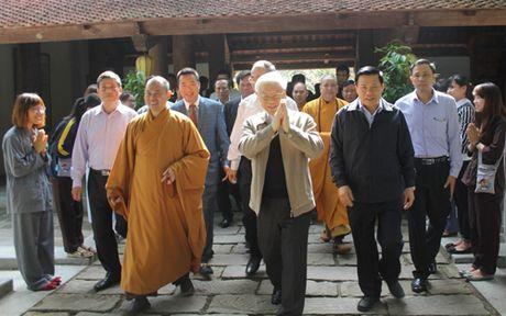 Tong Bi thu du Ngay hoi Dai doan ket toan dan toc tai thon Phat Tich - Anh 4