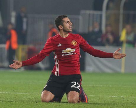 The thao 24h: Bi MU 'bo roi', Mkhitaryan duoc moi tro lai Dortmund - Anh 1