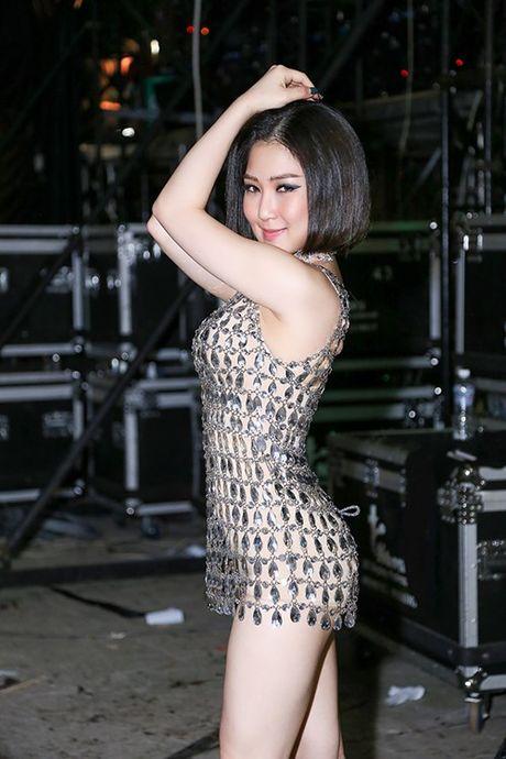 3 nam sau dang quang The Voice, Huong Tram sexy kho tin - Anh 10