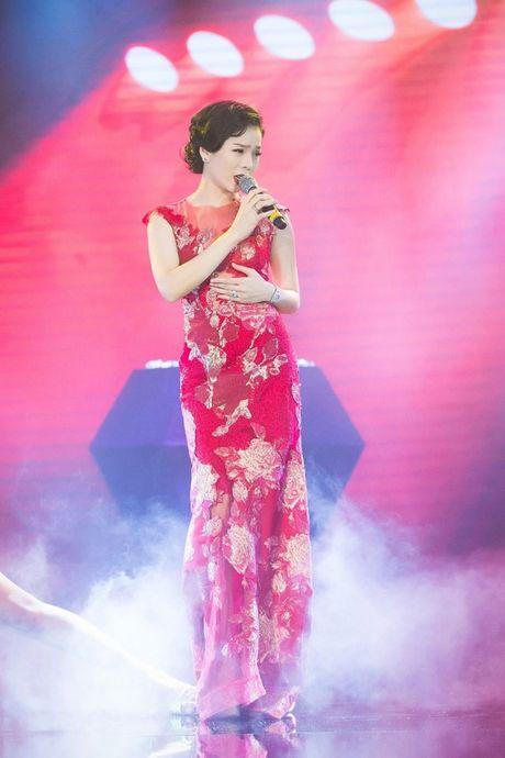 Dan Le, Hong Nhung so ke dam bo xuyen thau - Anh 5
