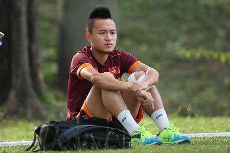 Vo Huy Toan noi gi sau khi bi loai khoi DT Viet Nam? - Anh 1