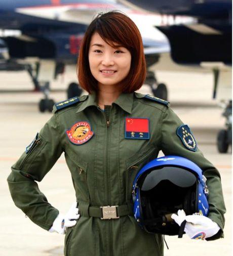 Dang sau vu nu phi cong chien dau co J-10 cua TQ tu nan - Anh 3