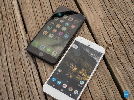 Google Pixel XL lieu co xung voi iPhone 7 Plus - Anh 3