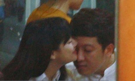 Ai cung phai nhin vi Nha Phuong, Truong Giang qua bao noi dong nguoi - Anh 6