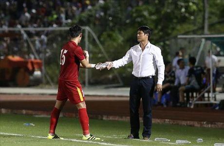 Huu Thang va DT Viet Nam chot 25 cau thu du AFF Cup 2016 - Anh 1