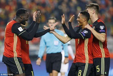 Hazard va Lukaku toa sang, Bi pho truong suc manh truoc Estonia - Anh 2
