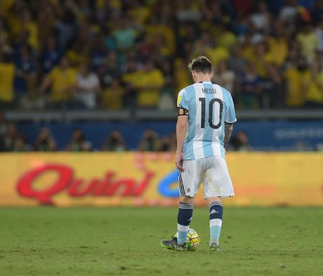 Messi cung tuyen Argentina doi mua tap luyen hong niu hy vong World Cup - Anh 4