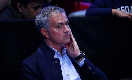 Xem quan vot giai khuay, Mourinho to ra than thiet voi Pique - Anh 2