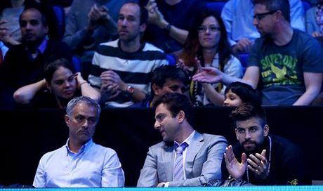 Xem quan vot giai khuay, Mourinho to ra than thiet voi Pique - Anh 9