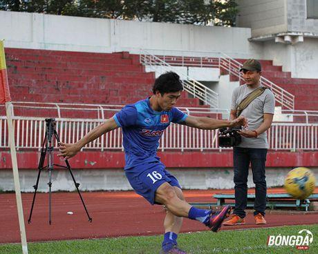 Thay tro Huu Thang luyen bai tu truoc khi len duong tham du AFF Cup 2016 - Anh 2