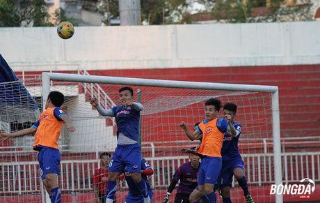 Thay tro Huu Thang luyen bai tu truoc khi len duong tham du AFF Cup 2016 - Anh 3