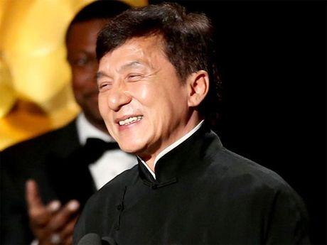 Sau gan 60 nam, Thanh Long moi duoc nhan giai Oscar - Anh 1