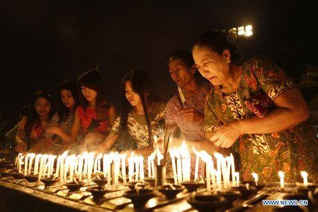 Kham pha le hoi anh sang truyen thong o Myanmar - Anh 7