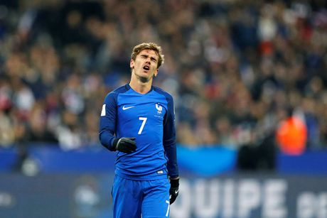 Atletico Madrid tho phao voi chan thuong cua Griezmann - Anh 1