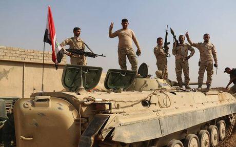 Quan doi Iraq tai chiem thanh pho co Nimrud tu tay IS - Anh 1