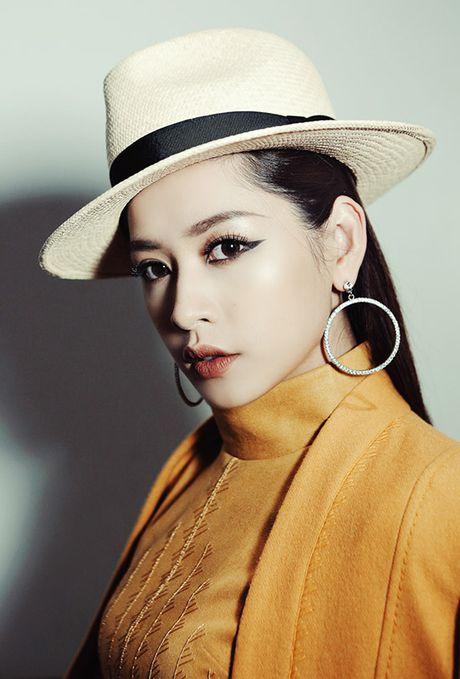 Chi Pu sang Han du le trao giai cung Twice, EXO - Anh 1