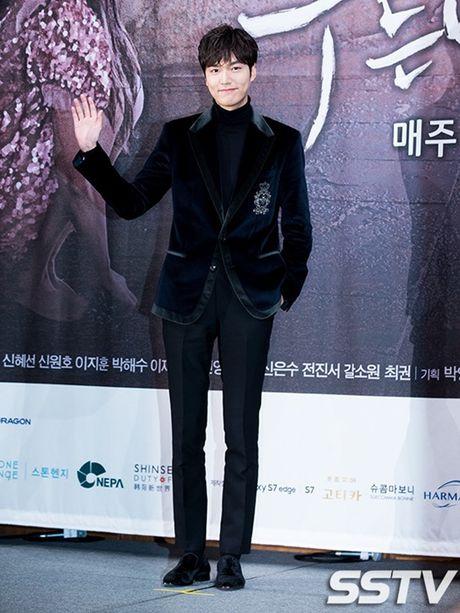 'Nguoi ca' Jun Ji Hyun bi che mac xau - Anh 7