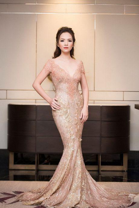Pham Huong, Vy Oanh tinh khoi voi dam trang, doi lap Thuy Van, Le Quyen quy phai - Anh 3