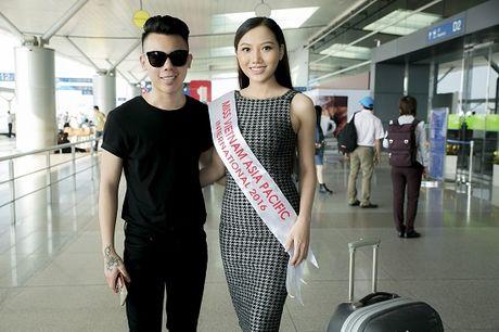 Hoc tro Ha Ho ra tan san bay tien Hoang Thu Thao du Hoa hau Chau A Thai Binh Duong 2016 - Anh 10