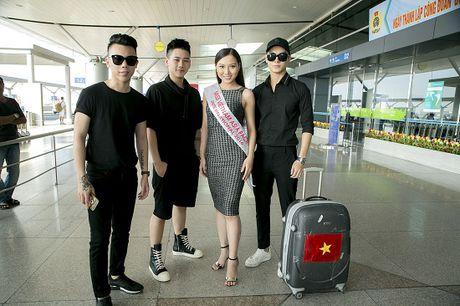 Hoc tro Ha Ho ra tan san bay tien Hoang Thu Thao du Hoa hau Chau A Thai Binh Duong 2016 - Anh 11