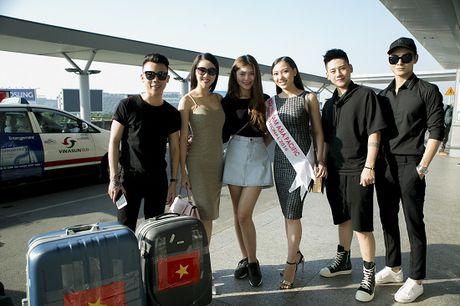 Hoc tro Ha Ho ra tan san bay tien Hoang Thu Thao du Hoa hau Chau A Thai Binh Duong 2016 - Anh 5