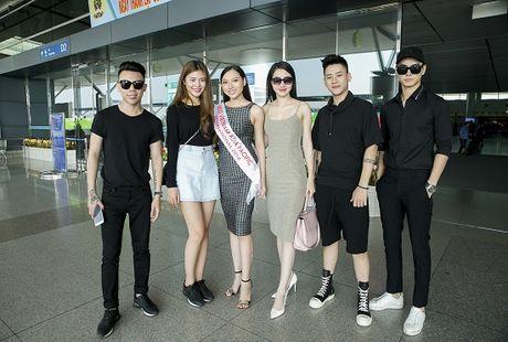 Hoc tro Ha Ho ra tan san bay tien Hoang Thu Thao du Hoa hau Chau A Thai Binh Duong 2016 - Anh 9
