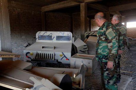 IS dung xe tang bang go de quyet chien voi quan doi Iraq o Mosul - Anh 3
