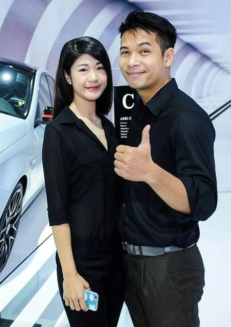 Ban gai cu co truong phan phao Truong The Vinh vi 'dat dieu' - Anh 1