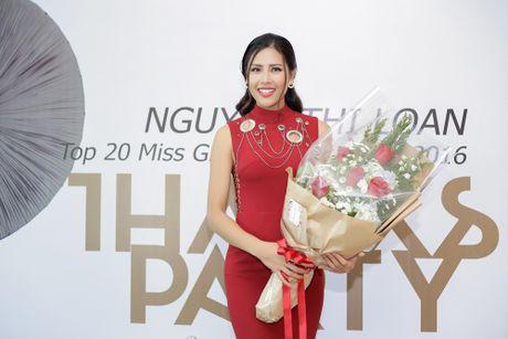 Team Lan Khue chuc mung Nguyen Thi Loan lot top 20 Hoa hau Hoa binh quoc te 2016 - Anh 1