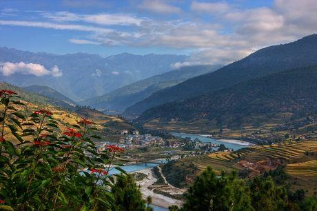 10 ly do khien ban khao khat den Bhutan- 'Quoc gia hanh phuc nhat the gioi' - Anh 1