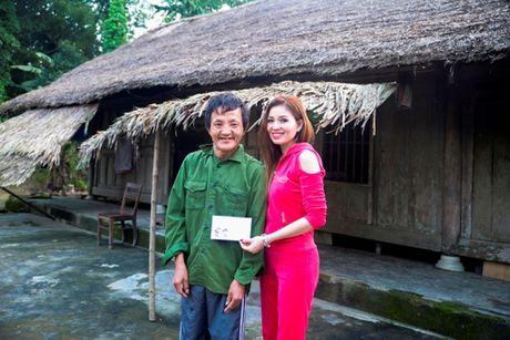 Nguoi dan Ha Tinh cam dong truoc tam long cua cac Hoa Hau Phu Nhan - Anh 9