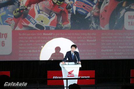 Honda Viet Nam dua MotoGP den gan hon voi khan gia Viet - Anh 2