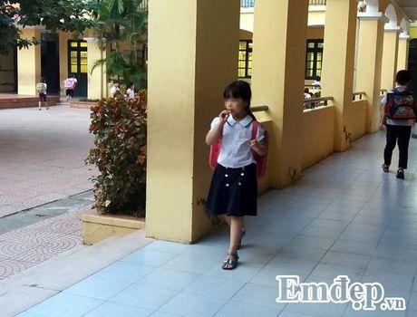 Xu ly the nao khi con khong chiu mac dong phuc den lop? - Anh 2