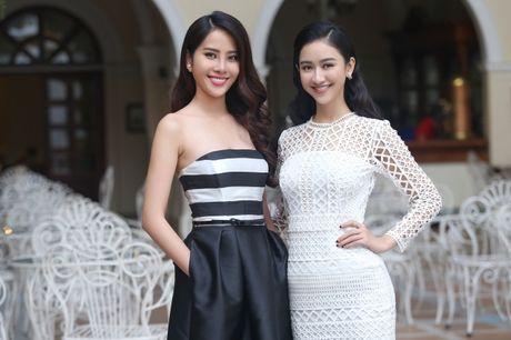 'Chi em' Ha Thu - Nam Em dien vay doi lap khoe nhan sac yeu kieu - Anh 6