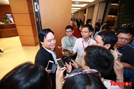 Bo truong Phung Xuan Nha: 'Bi lanh dao ep di 'tiep khach', giao vien phai kien nghi' - Anh 1
