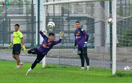 DT Viet Nam chot danh sach di Myanmar: Co dong va da nang o AFF Cup - Anh 1