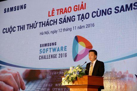 Sinh vien DH Bach Khoa nhan giai Nhat cuoc thi lap trinh cua Samsung - Anh 2