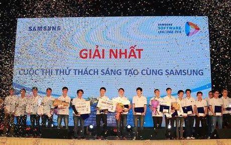 Sinh vien DH Bach Khoa nhan giai Nhat cuoc thi lap trinh cua Samsung - Anh 3
