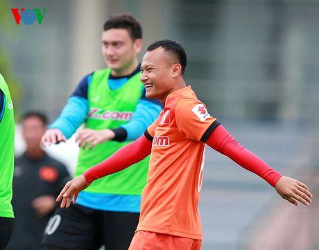 Chum anh: 25 tuyen thu Viet Nam du AFF Cup 2016 - Anh 16