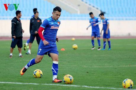 Chum anh: 25 tuyen thu Viet Nam du AFF Cup 2016 - Anh 17