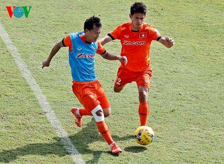 Chum anh: 25 tuyen thu Viet Nam du AFF Cup 2016 - Anh 19