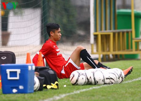 Chum anh: 25 tuyen thu Viet Nam du AFF Cup 2016 - Anh 21