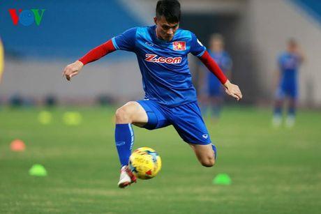 Chum anh: 25 tuyen thu Viet Nam du AFF Cup 2016 - Anh 25