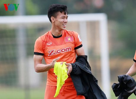 Chum anh: 25 tuyen thu Viet Nam du AFF Cup 2016 - Anh 5