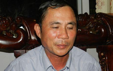 Chu tich huyen Phu Quoc cong khai xin loi nguoi dan chong tieu cuc - Anh 1