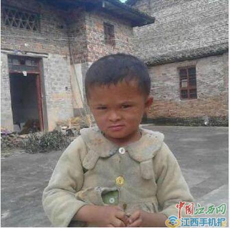 TQ: Cau be duoc 'quy nhan phu tro' vi qua giong Jack Ma - Anh 3
